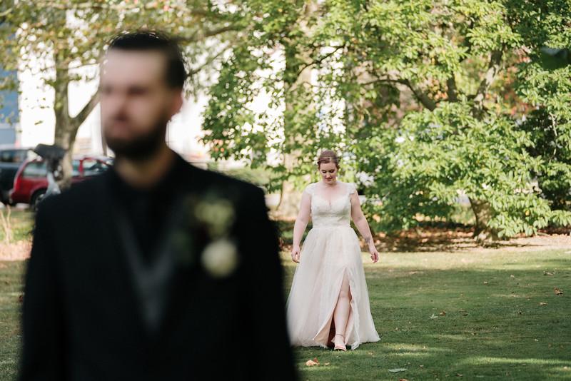 rustic_ohio__fall_barn_wedding-71.jpg