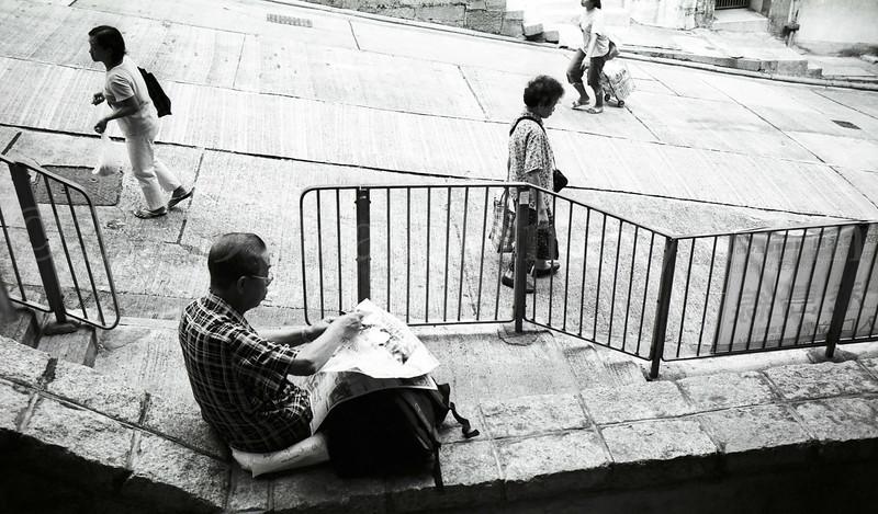 HONG KONG  BLACK & WHITE 2005