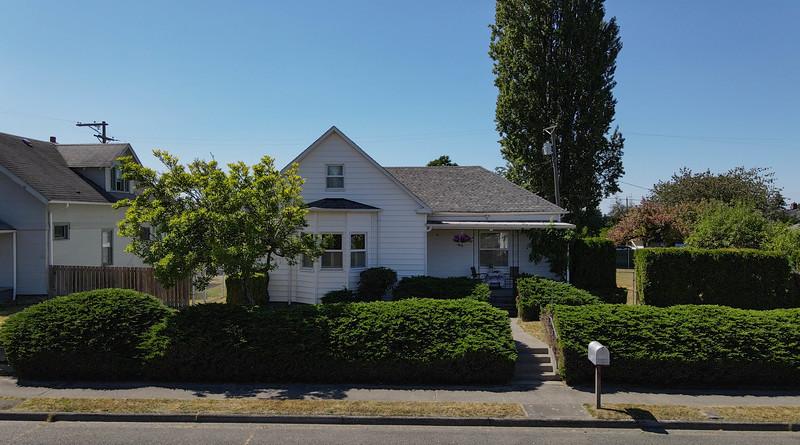 Erin Dobrinski - 7640 S. Yakima Ave