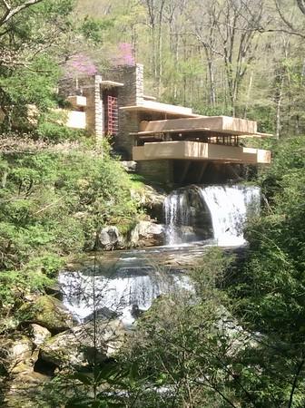 Pennsylvania Frank Lloyd Wright Fallingwater Houses Tour • April 27-29, 2019