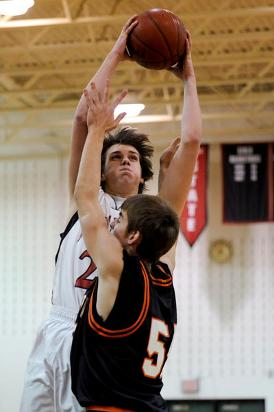 Middletown Knights at Linganore Lancers Basketball