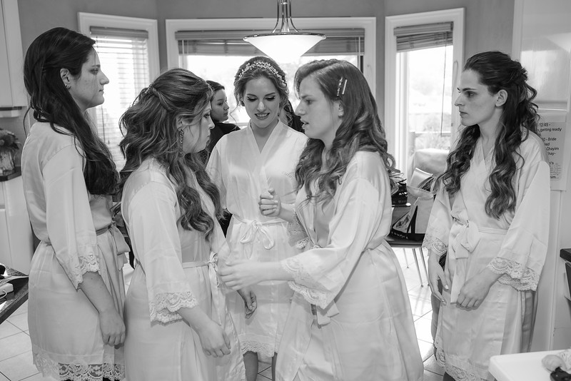 Miri_Chayim_Wedding_BW-42.jpg