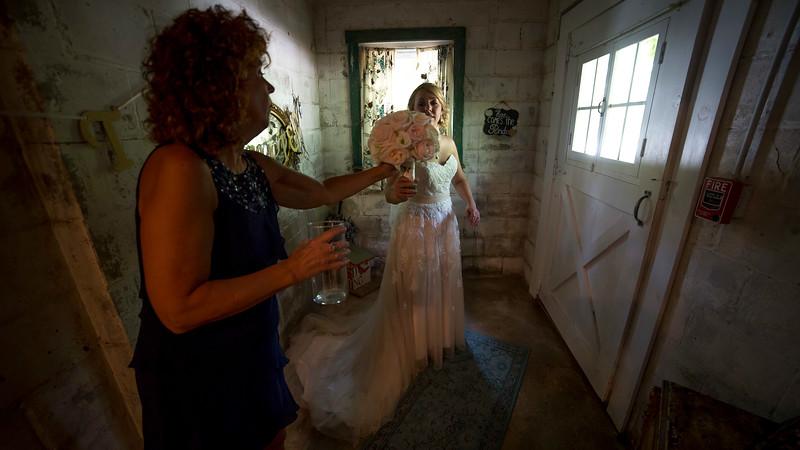 Garrett & Lisa Wedding (075).jpg