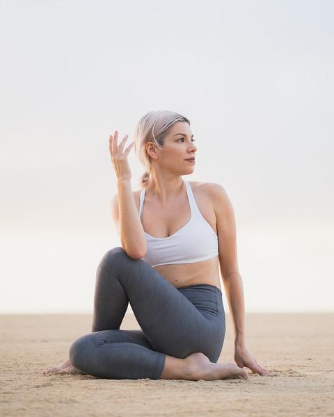 IG - Hawaii - Madeleine Russick - Yoga-580.jpg