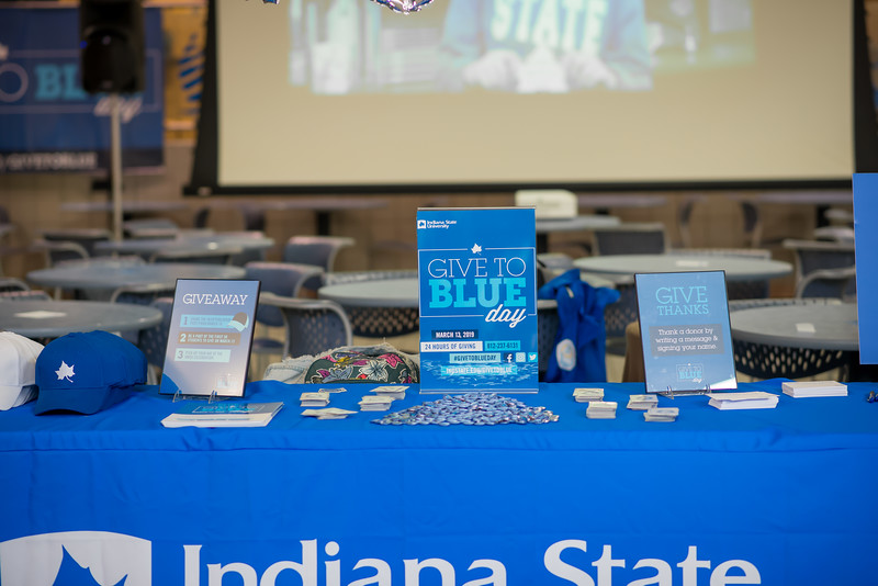 Give to Blue Day-6031.jpg