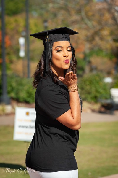Mikia Thomas Graduation Photos
