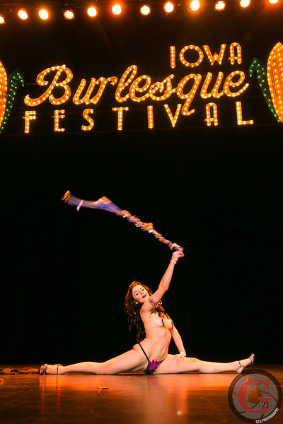 burlesque day2 edits (247 of 123).jpg