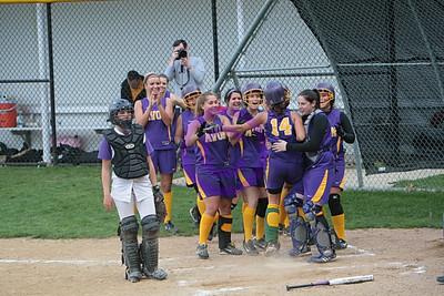 20080505_Vermillion vs Avon - Girls Varsity Softball