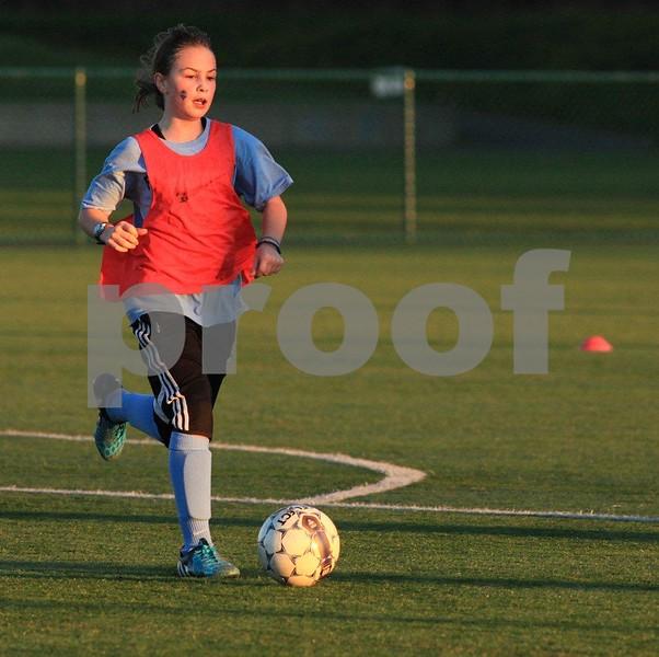 Soccer 2766c.jpg