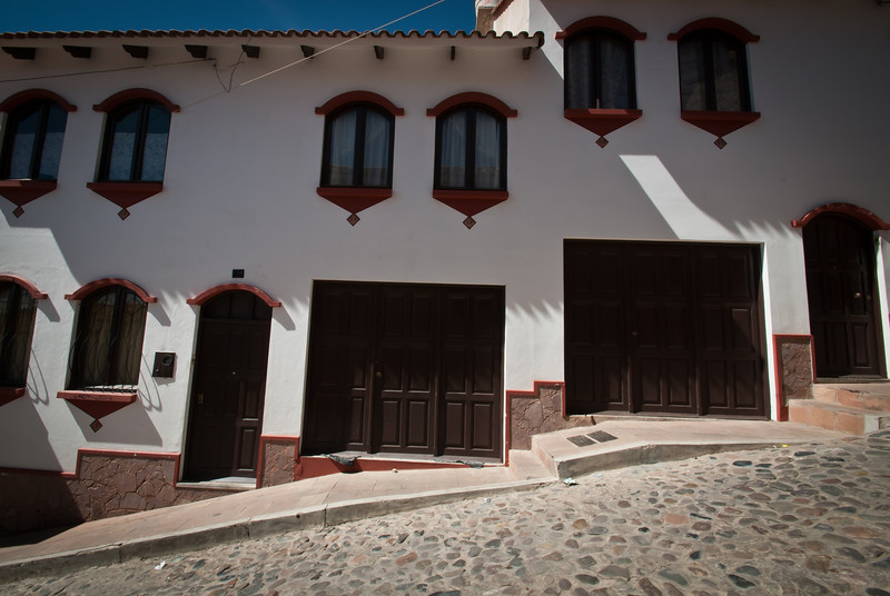 Sucre 201205 The Town (17).jpg