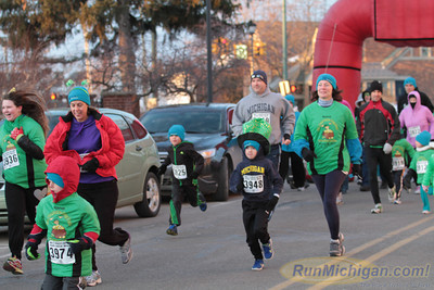 1 Mile Start - 2014 Kona St. Patrick's Day Run