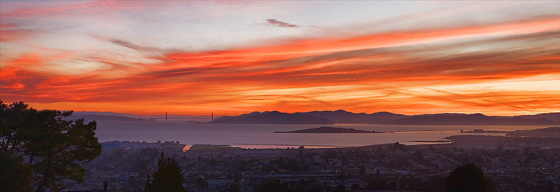 "Golden Gate Bridge. Summer Sunset.  32""x11"""