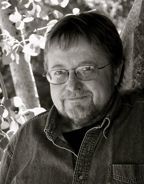 Luis Urrea, Writer