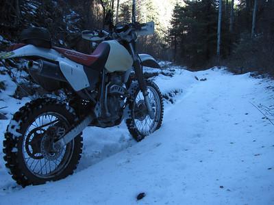 Jemez Mtns. - Bales-Church Can. & Tusas Spring area Snow Ride  11-11-13
