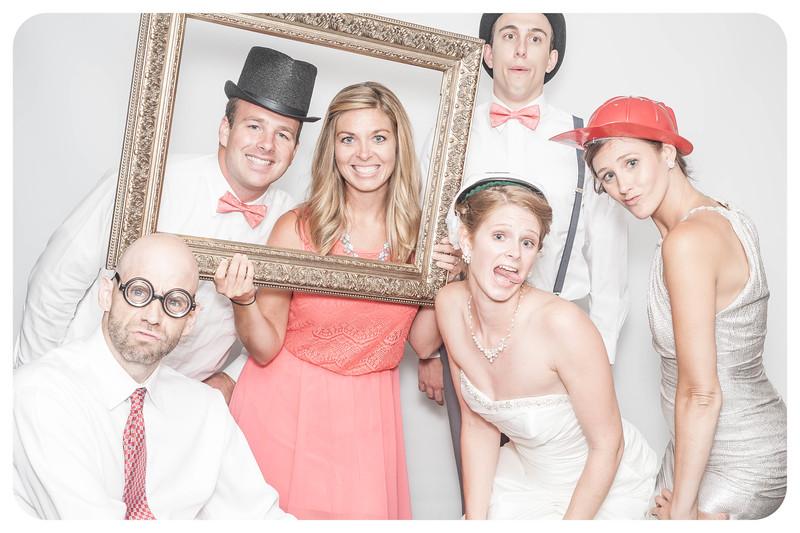 Laura+Ross-Wedding-Photobooth-140.jpg