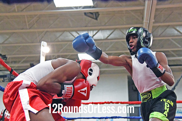Bout #9:  Kareem Dotsom, DNA Boxing Club, Cleveland, OH   vs   Mehki Pittman, Little Giants BC, Cleveland, OH  -  115 Lbs.