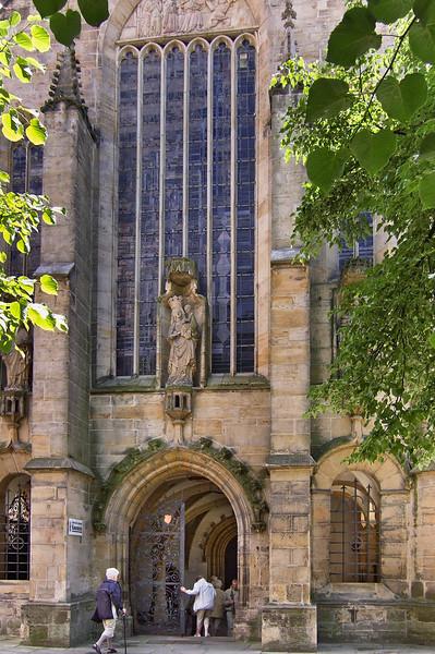 Hildesheim, Dom. Portal zum Neuen Paradies