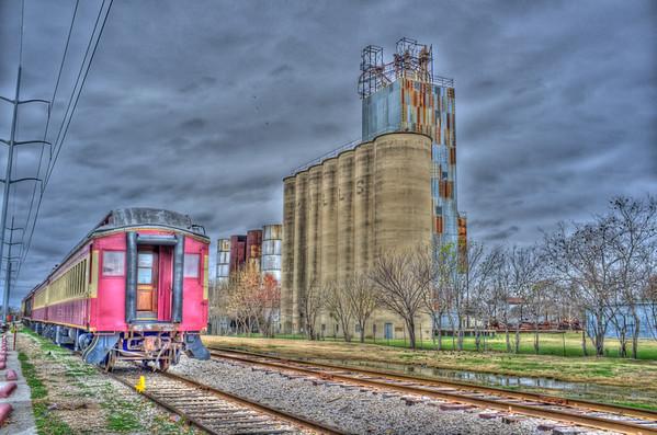 Grapevine - Train Station - Austin Visits