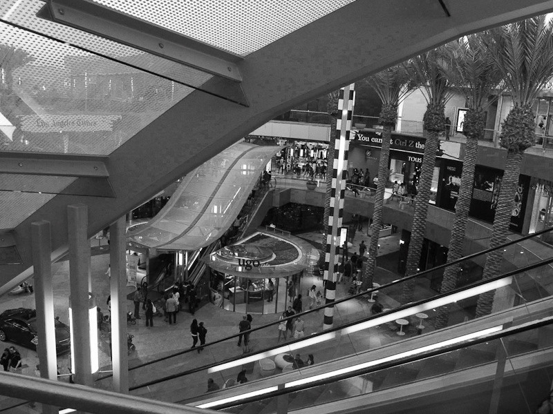 sep10_mall.jpg