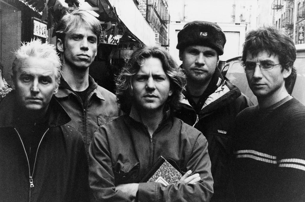 . Pearl Jam (Glen E. Friedman)