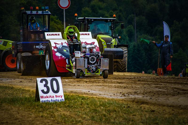 Tractor Pulling 2015-02389.jpg