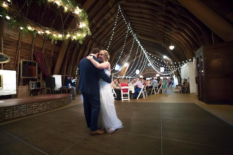 Garrett & Lisa Wedding (585).jpg