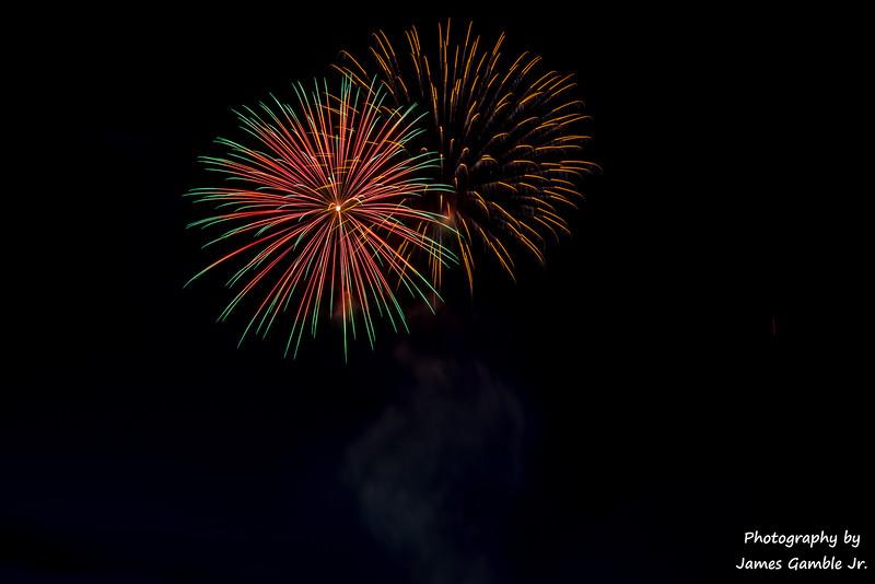 Fourth-of-July-Fireworks-2016-0332.jpg