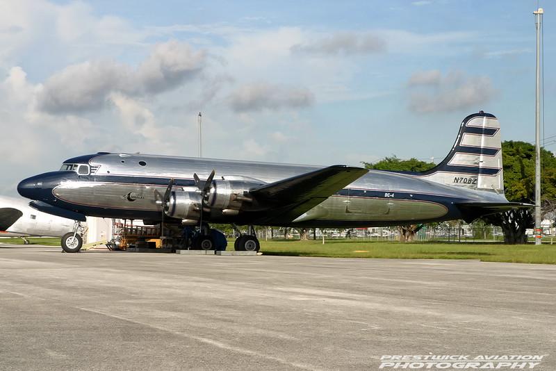 N708Z. Douglas C-54 Skymaster. Brooks Fuel. Opa Locka. 270904.