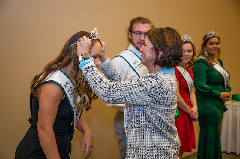 MR Miss Motlow 2019-4761.jpg