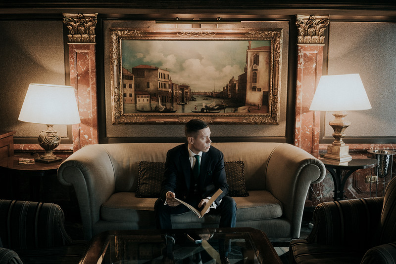 Tu-Nguyen-Destination-Wedding-Photographer-Elopement-Venice-Italy-Europe-w3.jpg