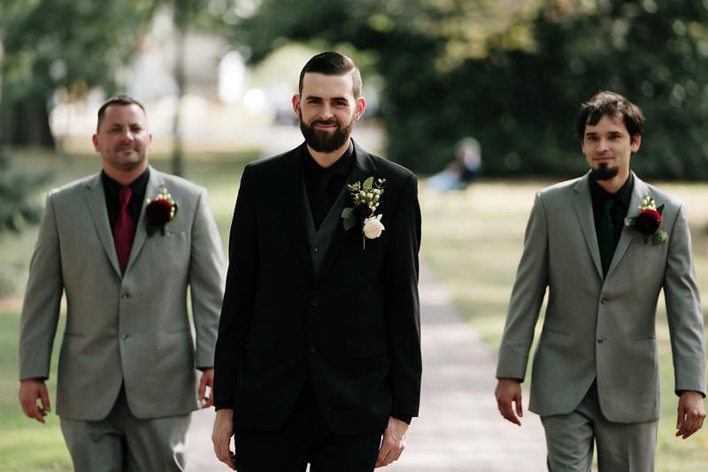 rustic_ohio__fall_barn_wedding-102.jpg