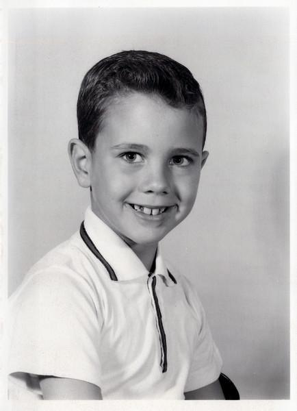 1960 Kris 1st grade.jpeg