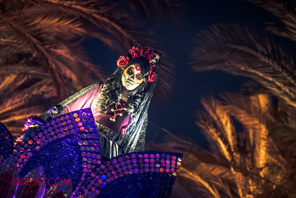 Halloween Horror Nights 6 - March of the Dead / Death March - Lady Death closeup Egypt