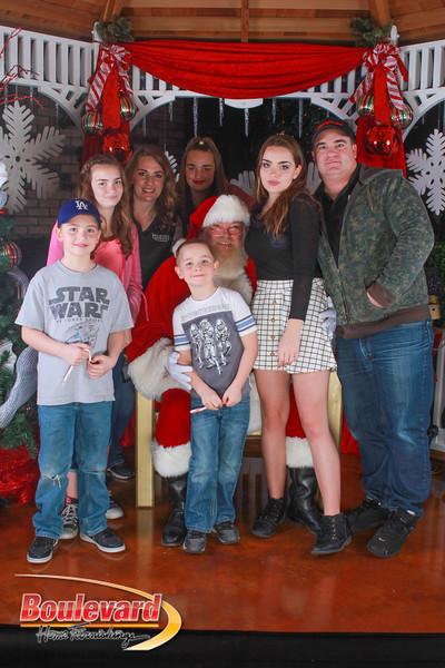 Santa 12-10-16-218.jpg