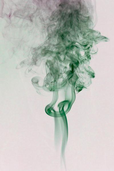 Smoke Trails 5~8629-1ni.