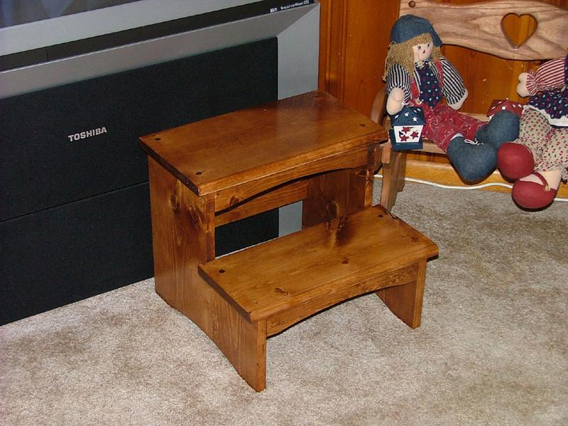 Stepstool 1.jpg