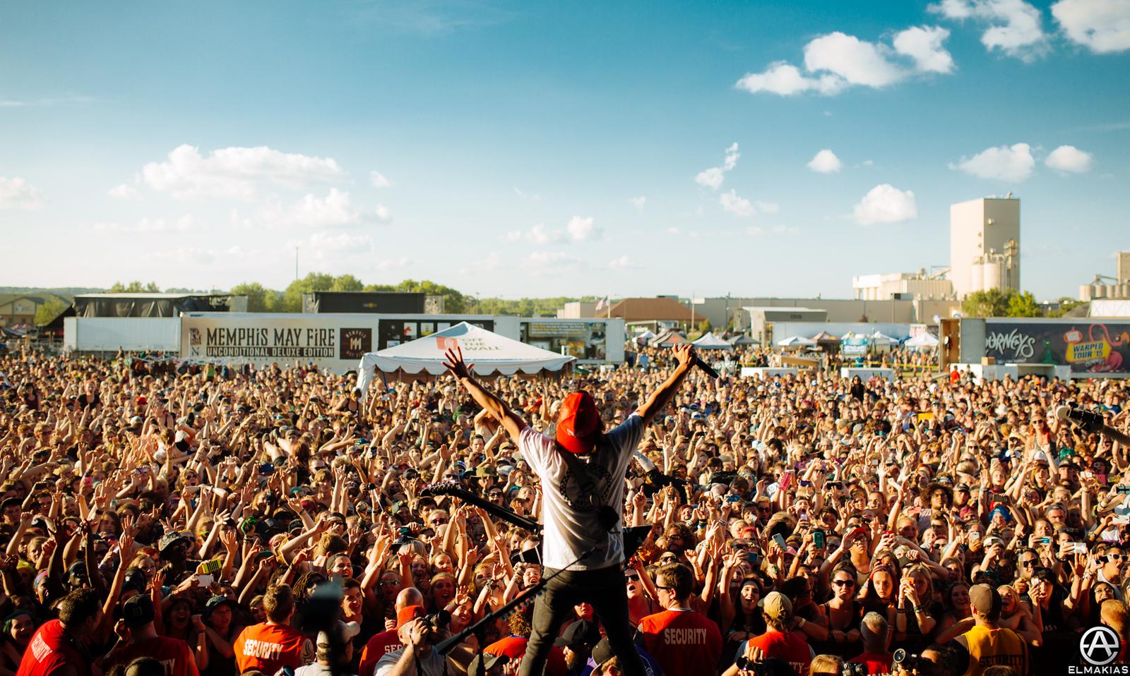 Pierce the Veil live at Warped Tour 2015 by Adam Elmakias