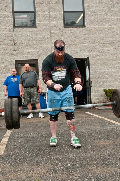 Fitness Revolution Strongman Challenge 2011_ERF3793.jpg