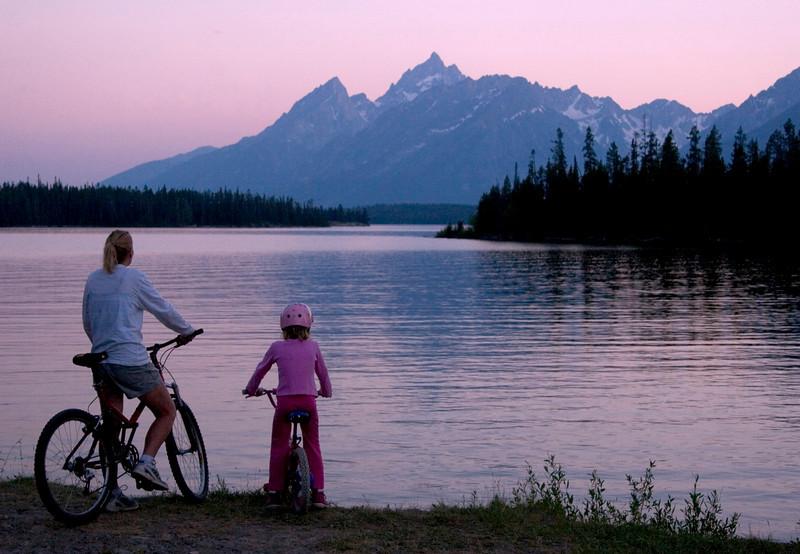 biking-tetons.jpg