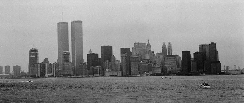 #158-34, NYC skyline, from EI ferry.jpg