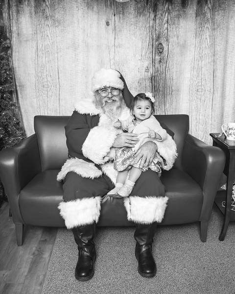 Ameriprise-Santa-Visit-181202-5047-BW.jpg