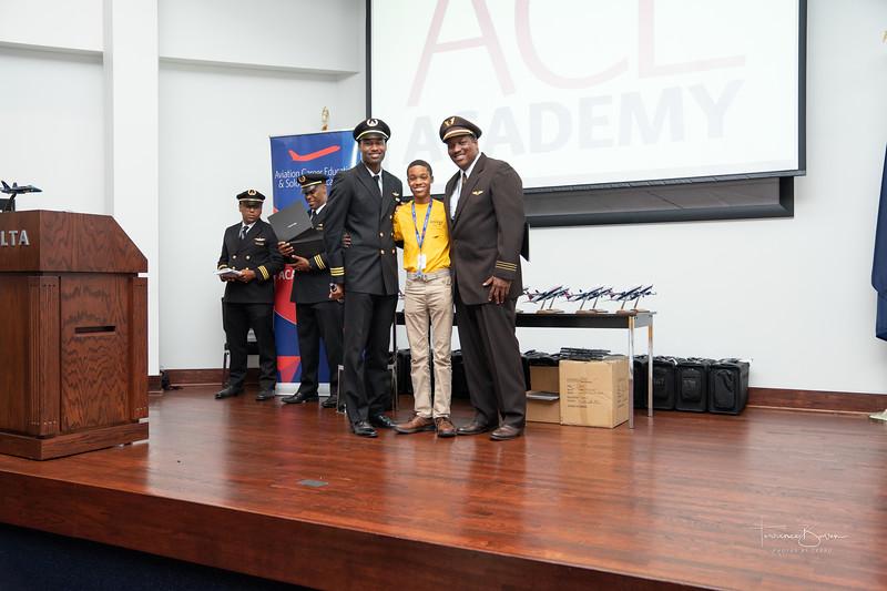 ACE_Graduation2018_sig-43.jpg