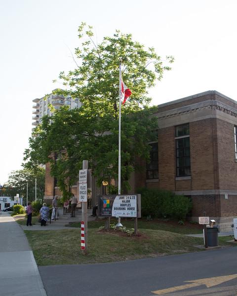 Major Hoople's Boarding House 240616