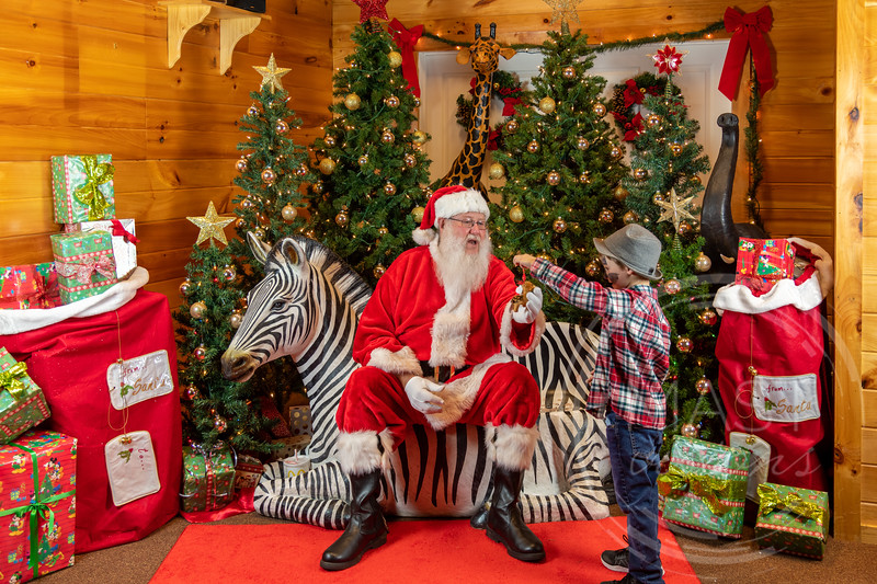2019-12-01 Santa at the Zoo-7562.jpg