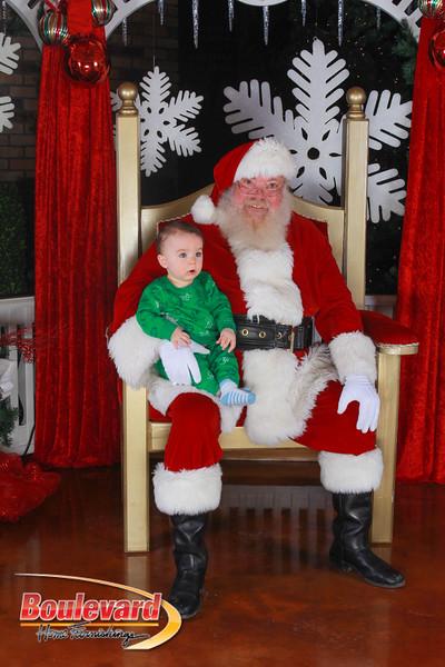 Santa 12-17-16-610.jpg