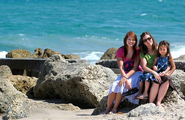 4/6/10 Family at Palm Beach