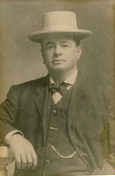 Guillermo 'William' Bouett