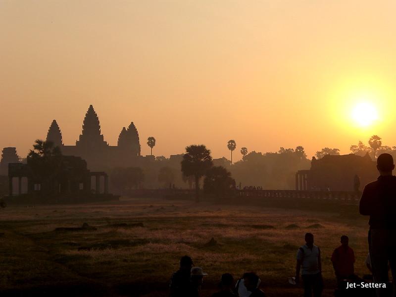 Southeast Asia adventures hot air balloon Angkor Wat Cambodia