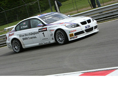 Brands Hatch WTCC by Chris May 2006