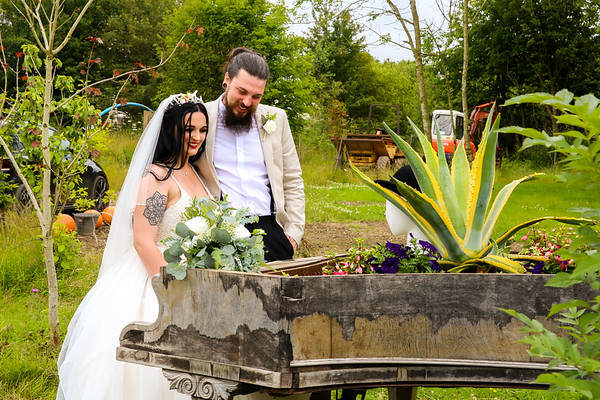 Mr & Mrs Thompson Wedding 2021